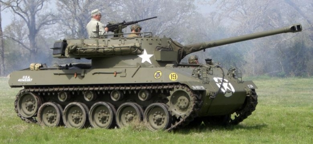 M18 Hellcat - This Tank Can Do Some Amazing Things