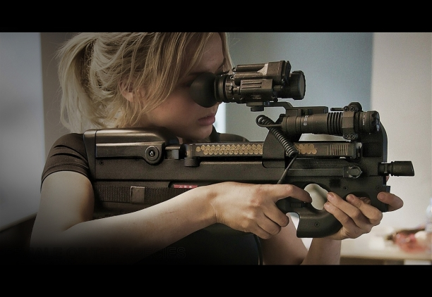 The Ambidextrous FN p90 - The Weapon Of Choice For Special Ops