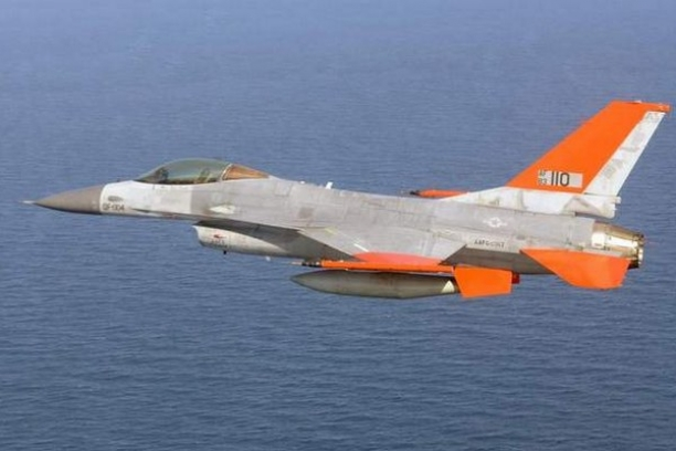 F-16 turned into drone...Sweet Jesus