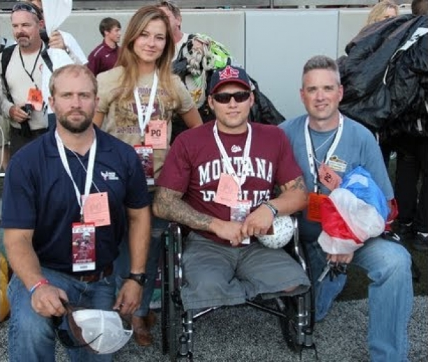 Navy Seal Honored by FROG-X Parachute Team