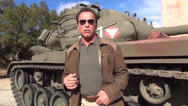 Schwarzenegger Fans Get Lucky Chance